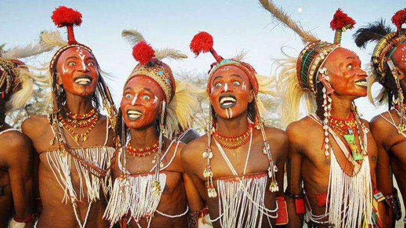 Berbagai Tradisi Suku Afrika Yang Sangat Menakjubkan
